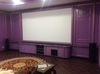 Кинотеатр в частном доме (Ворзель, Киевская область)