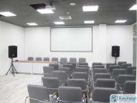 Проектор и экран для актового зала 2